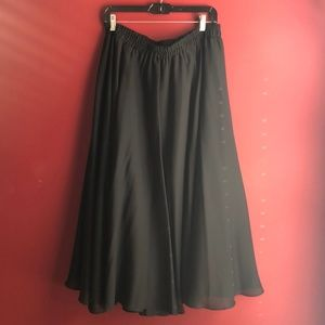 Onyx Nite Swing Skirt